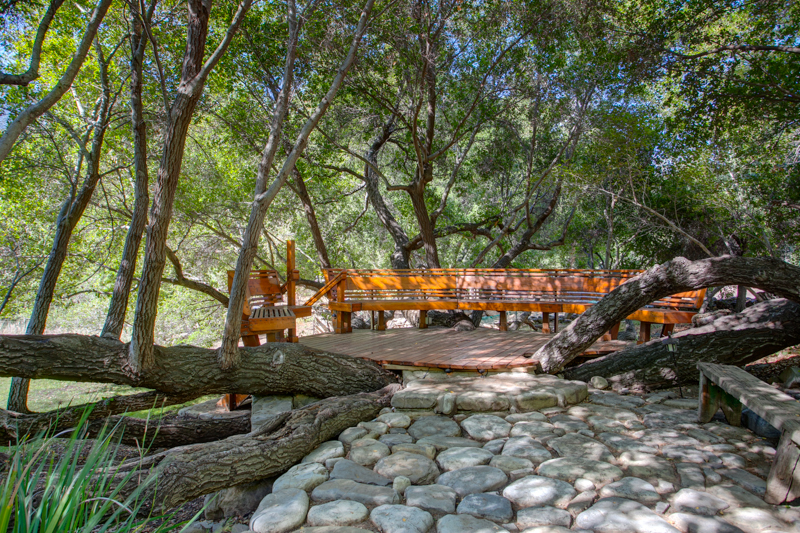 Matilija Canyon Ranch Deck and Oaks