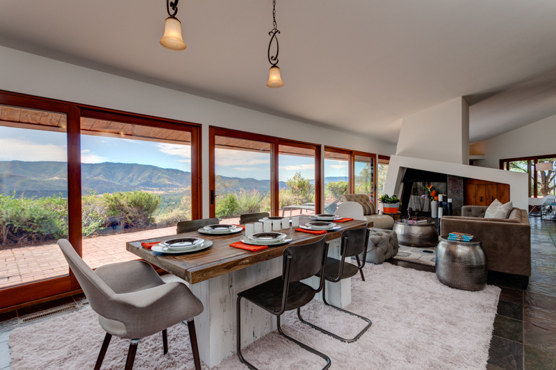 Mountaintop Home for Sale in Ojai