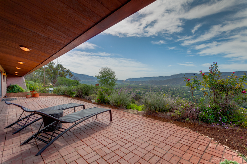 Ojai Home for Sale with Great Views