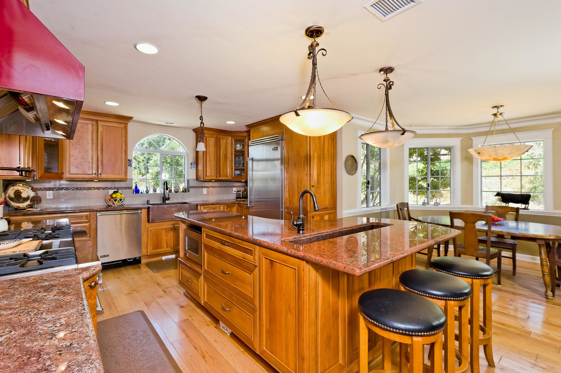 gourmet kitchen in ojai horse property