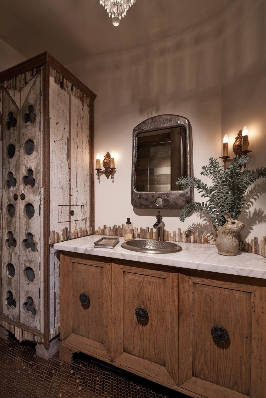 Beautiful Bathroom at Lucky Q Ranch in Ojai