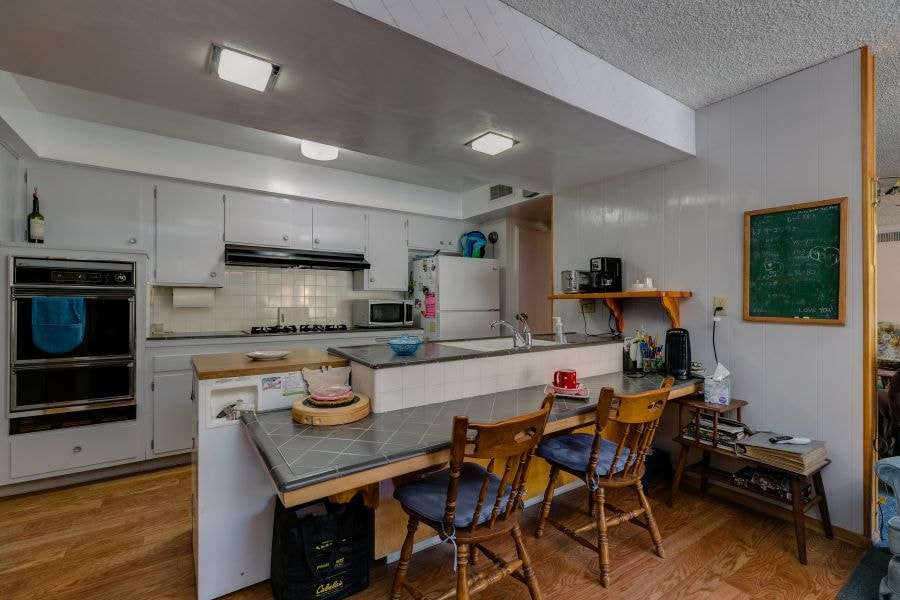 Kitchen in Downtown Mid-Century Modern